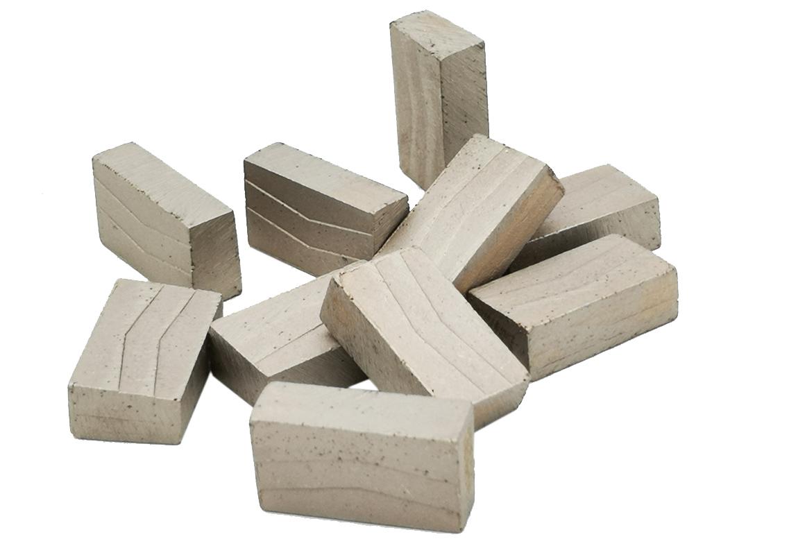 Diamond segments for quarry stone